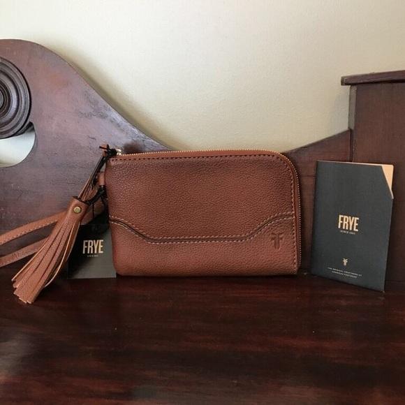 NWT Frye Paige Cognac Leather Fringed Wristlet b291562919e5a
